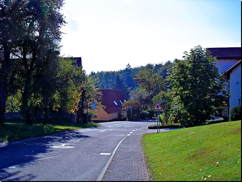 Lange Straße in Sailach