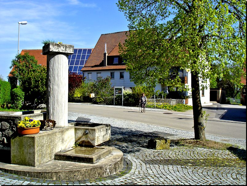 Dorfbrunnen in Stocksberg